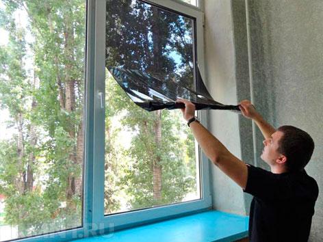 Тонировать окно своими руками